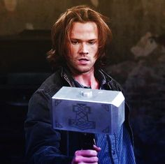 OK, but are we gonna talk about the fact that Sam is worthy enough to wield Mjölnir??
