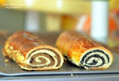 Hungarian Braided Bread with Walnuts and Poppy Seeds Braided Bread, Mac, Hot Dog Buns, Sushi, Sweet Tooth, Cooking Recipes, Sweets, Poppy, Ethnic Recipes
