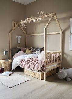 Studio Lindhjem – alt om bolig Barnet, Wonderwall, Toddler Bed, Lady, Room, Barnrummet, Furniture, Design, Home Decor