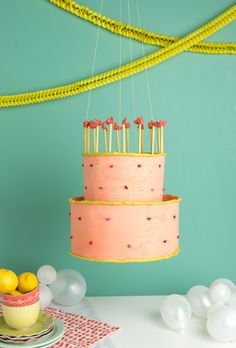 DIY Birthday Cake Chandelier Tutorial/ pinata