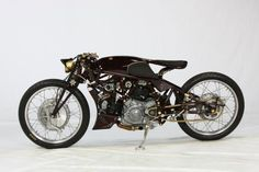 """Old Empire Motorcycles' """"OEM Typhoon"""".  Photos by Onno """"Berserk"""" Wieringa of Madness Photography. (via Freestyle 16th place - detailed studio photography)  More bikes here."""