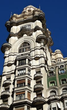 Buenos Aires-the European architecture Amazing Architecture, Architecture Details, Argentina Travel, Shopping Street, Time Travel, South America, Places To Go, Beautiful Places, Passport Stamps