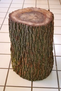 Advice on how to finish a tree stump table. The goats do like to debark these for us:). Log End Tables, Trunk End Table, Tree Stump Table, Log Table, Tree Table, Tree Stumps, Tree Stump Furniture, Diy Furniture Decor, Rustic Furniture
