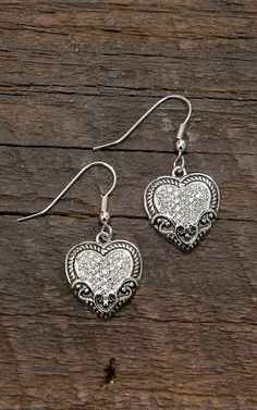Montana Silversmiths Vintage Charm Our Prairie Mothers Heart Earrings