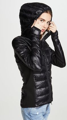 Puffer Jackets, Winter Jackets, Black Down, Canada Goose, Cool Girl, Jackets For Women, Hoodies, Woman, Dj