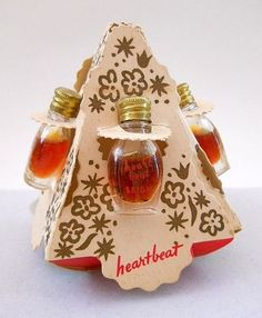 Leigh Miniature Perfume Bottle  Vintage Novelty 4 Set Mini Bottles, Heartbeat, Risque, Poetic Dream, Dulcinea