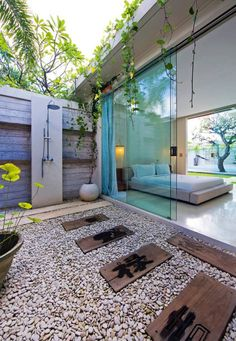 : They also come with private outdoor showers. indoor outdoor shower outdoor shower home indoor minimalist 6 on bathroom design. Outdoor Baths, Outdoor Bathrooms, Outdoor Toilet, Luxury Bathrooms, Dream Bathrooms, Outdoor Pool, Outdoor Bedroom, Outdoor Living, Bedroom Decor