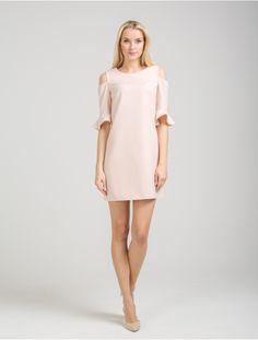 Pretty Girls, Cold Shoulder Dress, Dresses, Fashion, Moda, Vestidos, Fashion Styles, Dress, Dressers