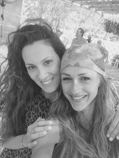 Ten thousand memories..one hundred shared laughs..one reason..lovely friends!👭 #cate #friends #truelove #summer #chalkidiki #agiosioannisbeach #marmaras #rivierabeachbar #natassaki #holidays #crossfit #crossfitgames #personaltrainer #lovemyjob #athlete #coach #katerinavarela @natassade @katerina_varela