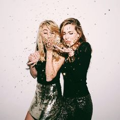35 adult birthday party ideas to celebrate another year of life . - 35 adult birthday party ideas to celebrate another year of life – adult birthday party ideas – - Party Pictures, Party Photos, Cute Birthday Pictures, Adult Birthday Party, Girl Birthday, Surprise Birthday, Happy Birthday, Birthday Cakes, Birthday Board