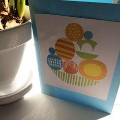 Pääsiäiskortti.  lasten | askartelu | pääsiäinen | käsityöt | koti | paperi | postikortti | DIY ideas | kid crafts | Easter | home | paper crafts | Pikku Kakkonen