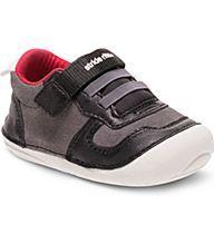 Soft Motion Barnes Sneaker, Black