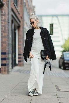 Ghost Town, white dress, Maxikleid, Sneaker, Chucks, H&M Trend, Levi's, Stella McCartney, Bandana, lotd, Look, Outfit, ootd, Style, Streetstyle, Hamburg, Fashion, Blog, stryleTZ