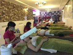 thực hành massage và các liệu trình chăm sóc da mặt http://tomiluc.com/hoc-spa/day-spa-cham-soc-da.html
