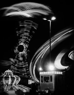 Black and White Circus Movement     Long Exposure Photography Shots and Lightpainting
