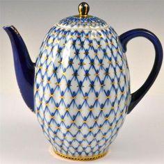 "Lomonosov, Russian Imperial Porcelain--""J"" had this very teapot.  Fond memories.....dj"