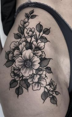 (notitle) (notitle),HOTTOOS Related Cool Tattoos voor vrouwen U zult geobsedeerd - tattoo ideas tattoo designs;small tattoos for w. - tattoo ideasLabret perforation or lower lip perforation PIERCINGS , Small Hip Tattoos Women, Side Thigh Tattoos Women, Side Hip Tattoos, Hip Thigh Tattoos, Hip Tattoo Small, Forearm Tattoos, Finger Tattoos, Body Art Tattoos, Tattoos For Women