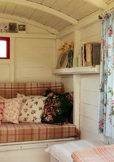 Shepherd's hut in the garden design