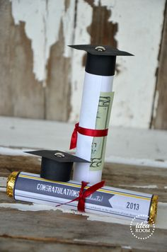 Graduation gift idea theidearoom.net - Roll money on Rolo roll, add printable wrapper...