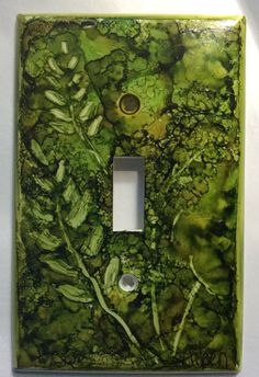alcohol ink switch plate cover ferns by AileensArtwork on Etsy Alcohol Ink Tiles, Alcohol Ink Crafts, Alcohol Ink Painting, Alcohol Inks, Switch Plate Covers, Switch Plates, Light Switch Covers, Marker Crafts, Christmas Craft Fair