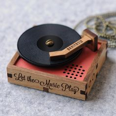 Wooden Record Player Necklace / Brooch by bRainbowshop on Etsy Record Players, Logo Label, Gravure Laser, Mirror Ball, Phonograph, Handmade Shop, Vinyl Records, Diorama, Diy Gifts
