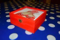 Atelier tehnica șervețelului – Art & Hobby Studio București Art Courses, Online Art, Decoupage, Decorative Boxes, Container, Studio, Creative, Atelier, Studios