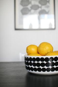 Via Aniliini | Lemons in a Marimekko Bowl