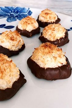 These chocolate-dipped coconut macaroons are a quick and easy macaroon recipe! Bake the best macaroons using coconut, chocolate, and condensed milk. You will love baking these delicious macaroons for dessert! Easy Macaroons Recipe, Macaroon Recipes, Coconut Macaroons, Dessert Recipes, Desserts, Chocolate Dipped, Allrecipes, Sweet Treats, Muffin