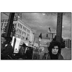 Mary Ellen Mark - Gallery - New York Street - 402L-010-025