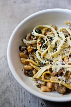 Pasta with chorizo, kale and cannellini beans