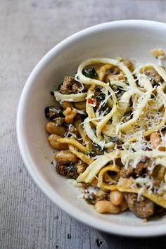 pasta w/ chorizo, kale, and beans (modified martha stewart recipe)