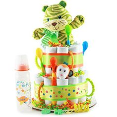 This diaper cake is perfect for the impending arrival or your little Lion or Tiger. This jungle cat themed diaper cake brings a cute aura of tiger like pride to Baby Shower Gifts For Boys, Baby Shower Parties, Baby Shower Themes, Baby Boy Shower, Baby Gifts, Shower Party, Elephant Diaper Cakes, Diaper Cake Boy, Diaper Cakes Tutorial