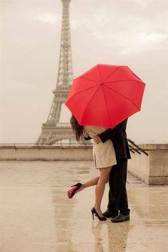 Someday id like to take this same photo - romantic picture - love - couple under red umbrella in Paris - eiffel tower - VALENTINE'S day Red Umbrella, Under My Umbrella, Tour Eiffel, The Kiss, Paris 3, Paris France, Paris City, Paris Amor, Pink Paris