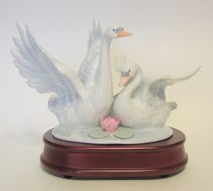 Swan Duo Music Box San Francisco Music Box Company Swans In Flight #SwansInFlight