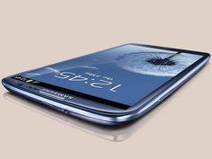 Galaxy S III, da Samsung, tem uma enorme tela de 4,8 polegadas, mas é mais leve e mais fino que o iPhone 4S