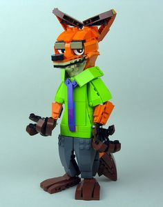 LEGO Nick Wilde, from Walt Disney Animation Studio's forthcoming film Zootopia! Lego Mecha, Lego Bionicle, Legos, All Lego, Lego Lego, Lego Animals, Crafty Fox, Lego Room, Cool Lego Creations