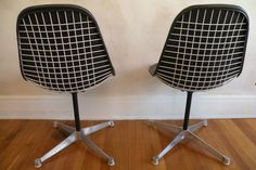 Eames wire chairs ∆