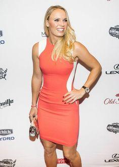 caroline wozniacki Caroline Wozniacki Tennis, Blond, Sports Illustrated Models, Beautiful Athletes, Tennis Players Female, Tennis Stars, Good Looking Women, Athletic Women, White Girls