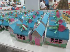 Caixa de lembrancinhas - craft   (casa 7 anões / casinha de campo / bonecas