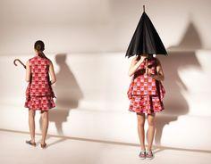 #openingceremony #renemagritte #magritte #surrealism #fashion #clothing  http://www.urbag.cz/surrealisticka-kolekce-obleceni-opening-ceremony-x-rene-magritte/