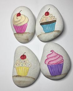Painting rocks kids food 63 Ideas for 2019 Rock Painting Ideas Easy, Rock Painting Designs, Painting For Kids, Pebble Painting, Pebble Art, Stone Painting, Stone Crafts, Rock Crafts, Cupcake Painting