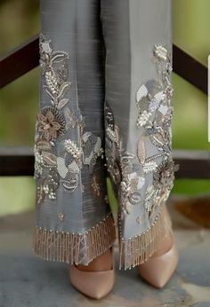 Women formal pants, grey cotton silk with handwork, pants, women clothing - Hosen Fashion Details, Look Fashion, Womens Fashion, Fashion Design, Ladies Fashion, Fashion Ideas, Fashion Pants, Fashion Dresses, Mode Abaya