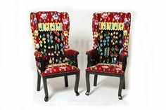 www.iiana.ro traditional romanian furniture and hand made textile #handwoven #interiordesign #interiordecoration #pattern #decoration #decor #wool #romaniancarpet #handmade #oneofakind #bohemian #living #decoration #vintage #romania #iiana www.iiana.ro
