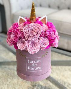 67 Ideas Birthday Flowers Arrangements Gift Ideas For 2019 Diy Flower Boxes, Flower Box Gift, Flowers In A Box, Birthday Box, Birthday Parties, Oasis Floral, Bouquet Box, Flower Packaging, Valentine Box