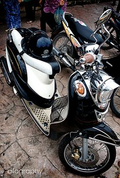 Super tricked-out Honda Metropolitan scooter.