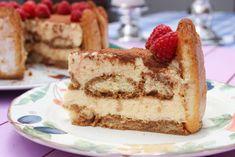 Receita de Charlotte de Tiramisù - Clara de Sousa Tiramisu, Party Desserts, Dessert Party, Party Recipes, Cheesecake, Ethnic Recipes, Fancy Desserts, Desert Recipes, Cakes