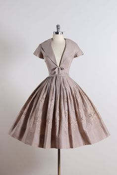 JACK STERN ➳ vintage 1950s dress * taupe cotton * cotton lining * eyelet skirt floral embroidery * detachable belt * bow accent * metal zipper front *