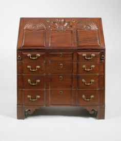 Chippendale Mahogany Shell-Carved Desk, Attributed to Samuel Loomis (American, 1748-1814) Colchester, Connecticut, 1774-1800,