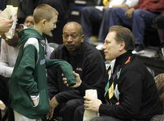 Tom-Izzo and son Steven.jpg