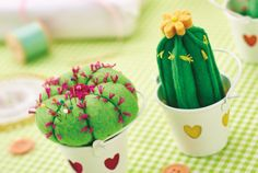 How to Make Felt Cactus Pincushions #Cactus #Pincushion #FeltCraft